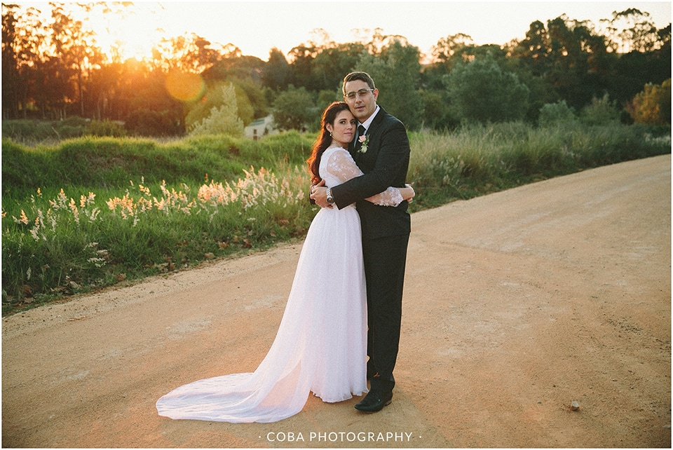 Carlo & Nicolette - Langkloof Roses - Coba Photography (173)