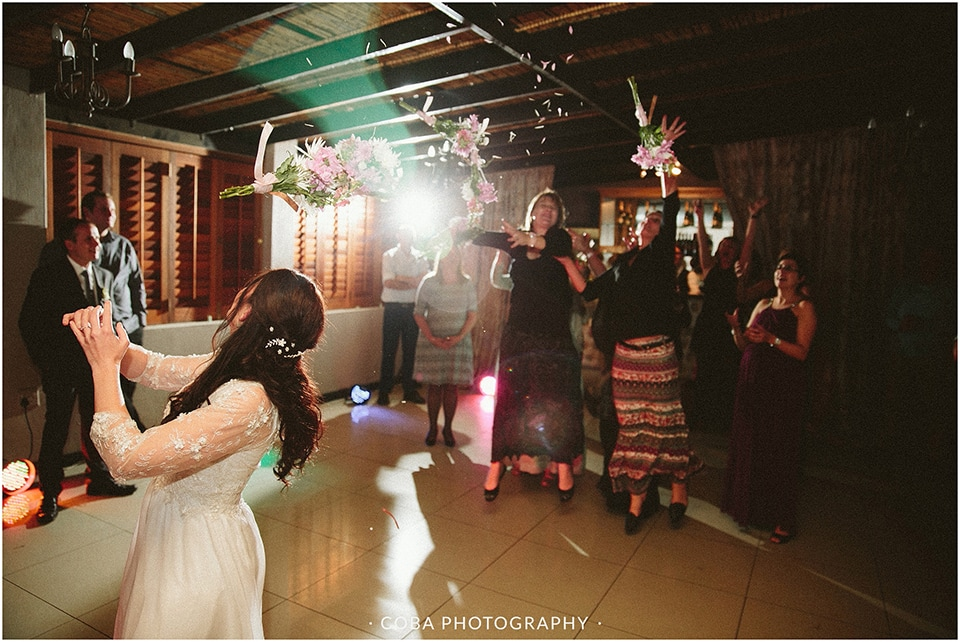 Carlo & Nicolette - Langkloof Roses - Coba Photography (216)