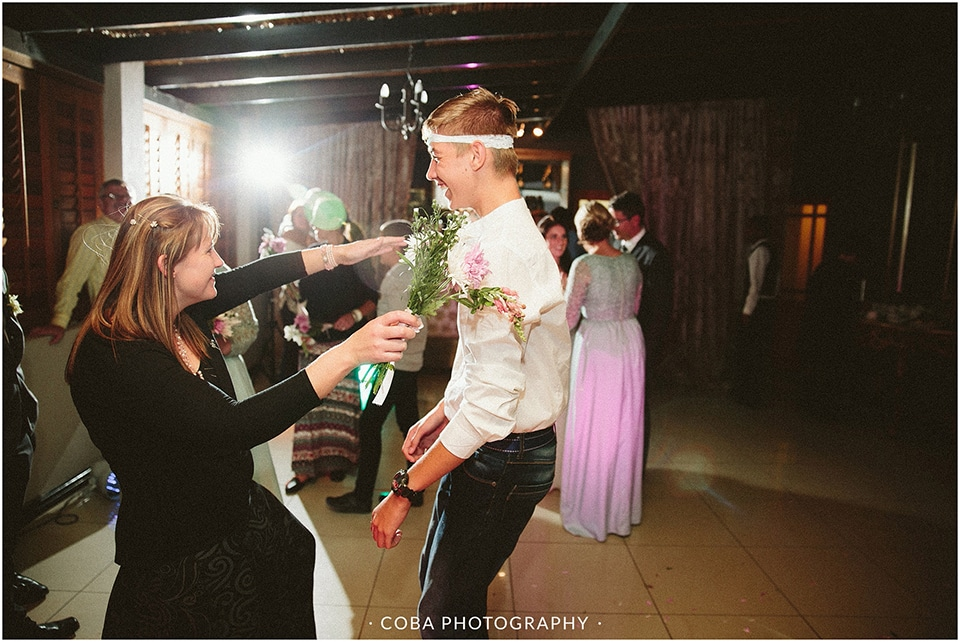Carlo & Nicolette - Langkloof Roses - Coba Photography (218)