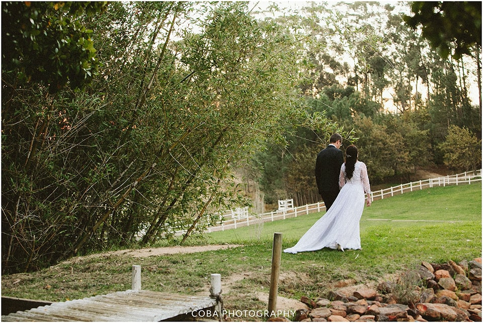 Carlo & Nicolette - Langkloof Roses - Coba Photography (243)